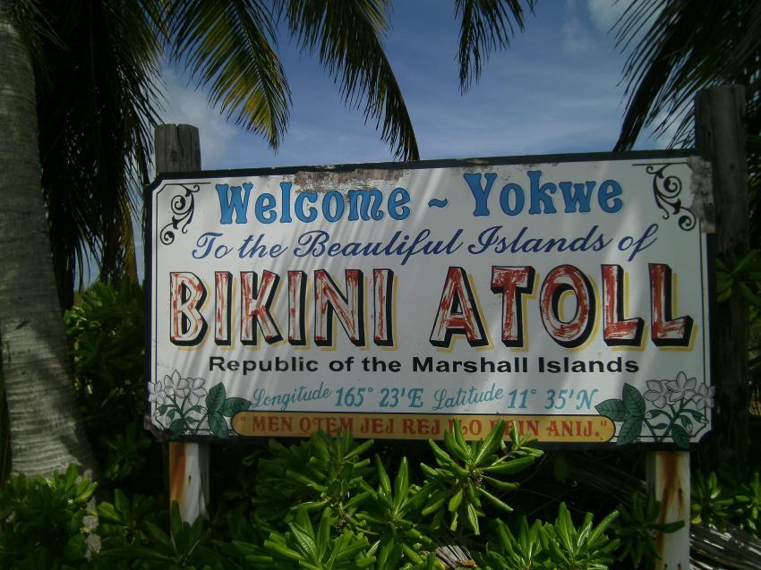 DAS Schild, Bikini Atoll, Marshallinseln