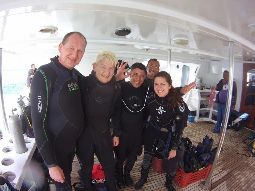 Ein Team eine Leidenschaft, Dive Crew Swordfish, Deep Ocean Blue Diving Center, Marsa Alam, Ägypten, El Quseir bis Port Ghalib
