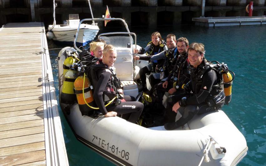 Tauchen vom Boot ab Hafen Santa Cruz de La Palma, Buceo-Sub La Palma, Spanien, Kanarische Inseln