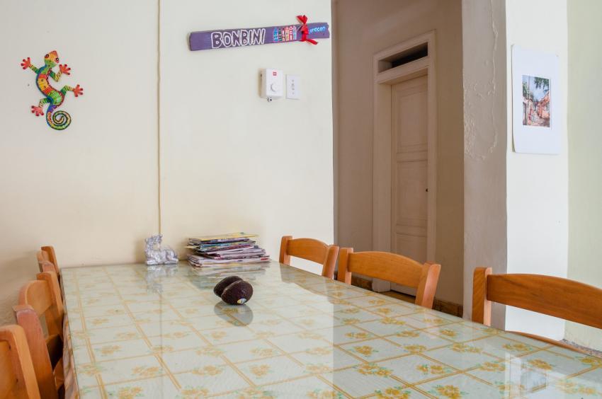 Kuchen, Kitchen Table, Poppy Hostel Curacao, Willemstad, Niederländische Antillen, Curaçao