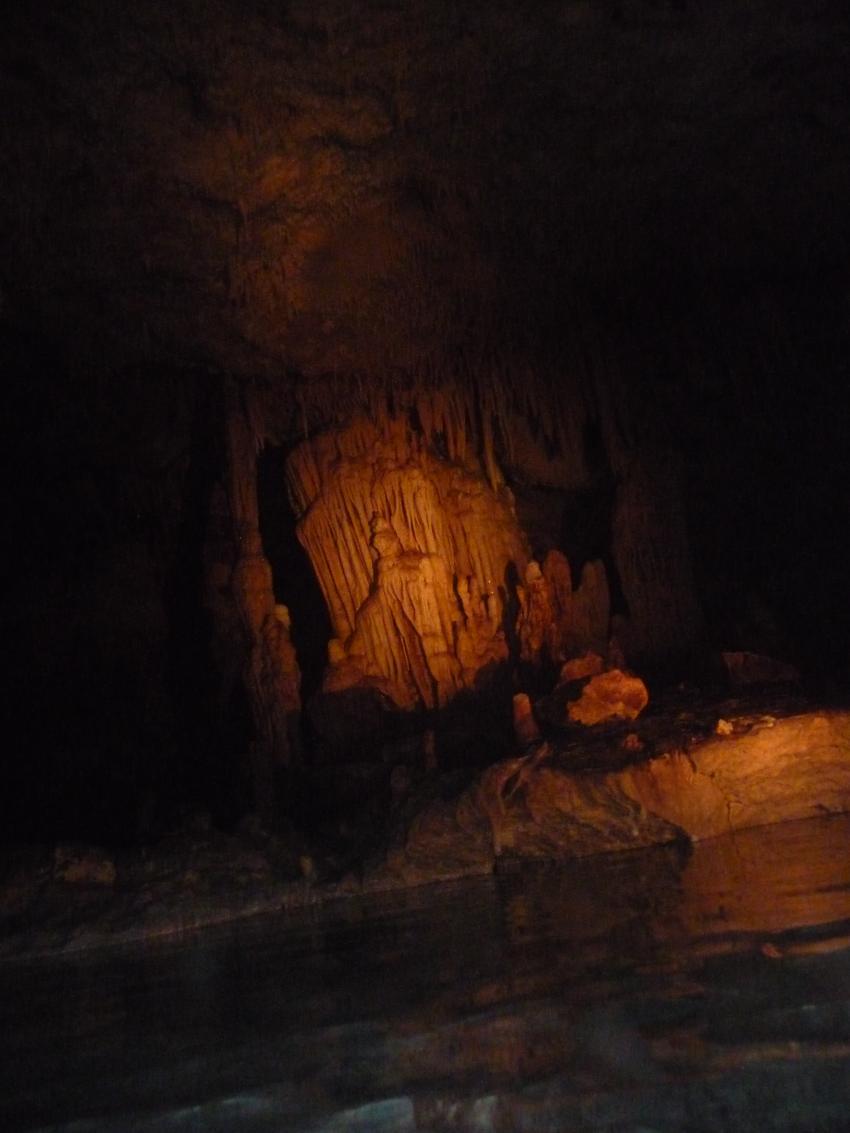 La Cueva Taina