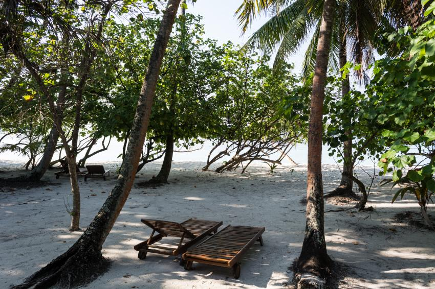 Blick auf den Strand, Filitheyo Island Resort, Malediven