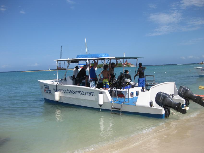 ScubaCaribe Montego Bay Tauchboot, Scuba Caribe Riu Montego Bay, Jamaika