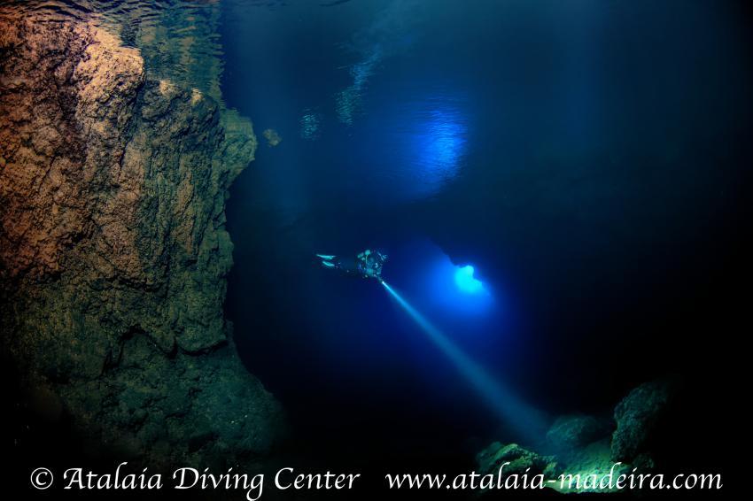 Atalaia Höhle / Gruta da Atalaia, Atalaia, Atalaia Diving Center, Madeira, tauchen, Portugal, Atalaia Höhle / Gruta da Atalaia