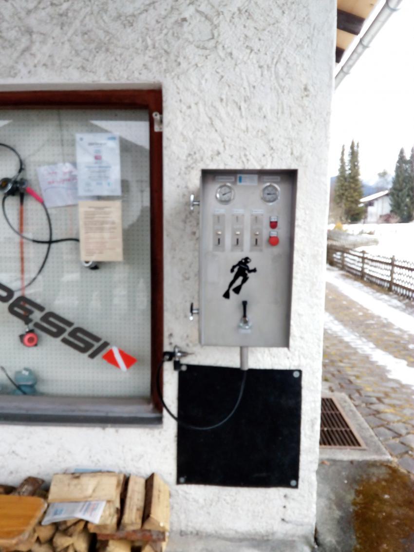 Außenfüllanlage Michi Walchensee, Michis Tauchertreff, Walchensee, Deutschland, Bayern