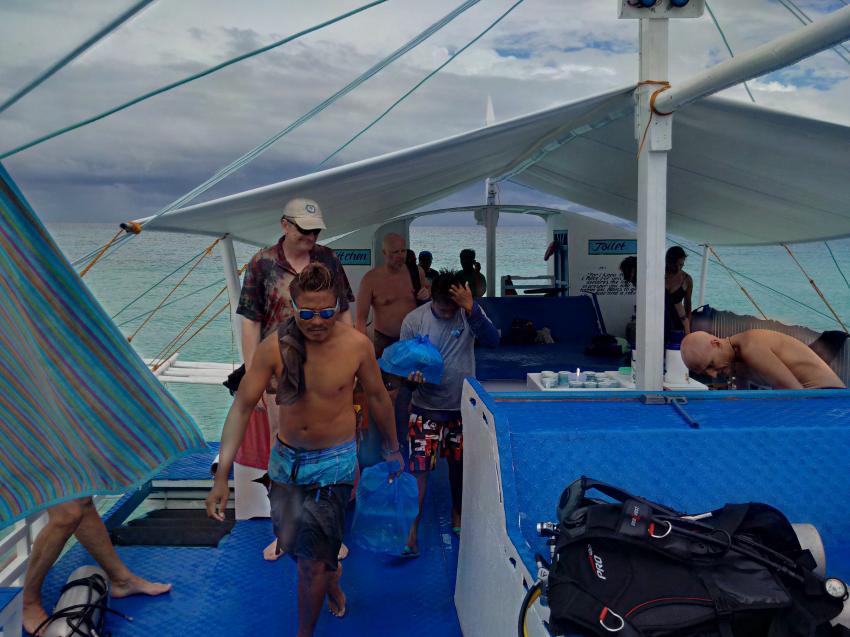 Damz immer dabei!, Devocean Divers, Malapascua (ehemals Seaquest Divecenter), Philippinen