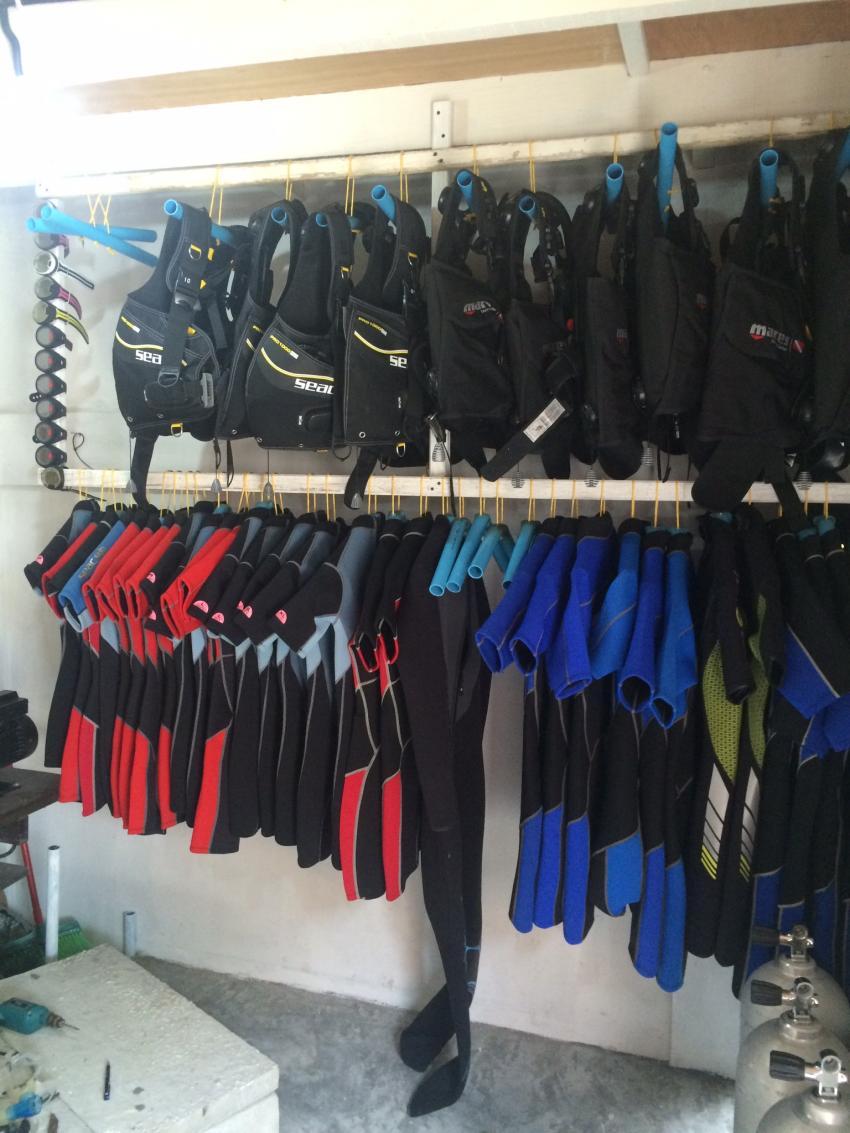 Tauchequipment , Shamar Divers Maamigili, Malediven