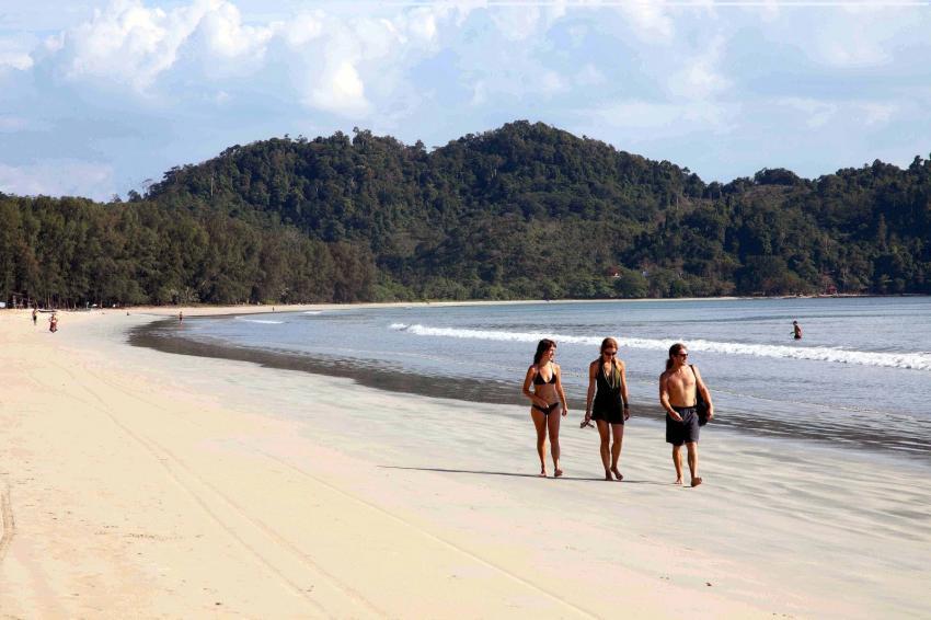 Koh Phayam - Aow Yai Strand süd, Koh Phayam, payam, Tauchen, Thailand, Tagestour, Richelieu Rock, Aladdin Dive Safari (Koh Phayam Island), Andamanensee
