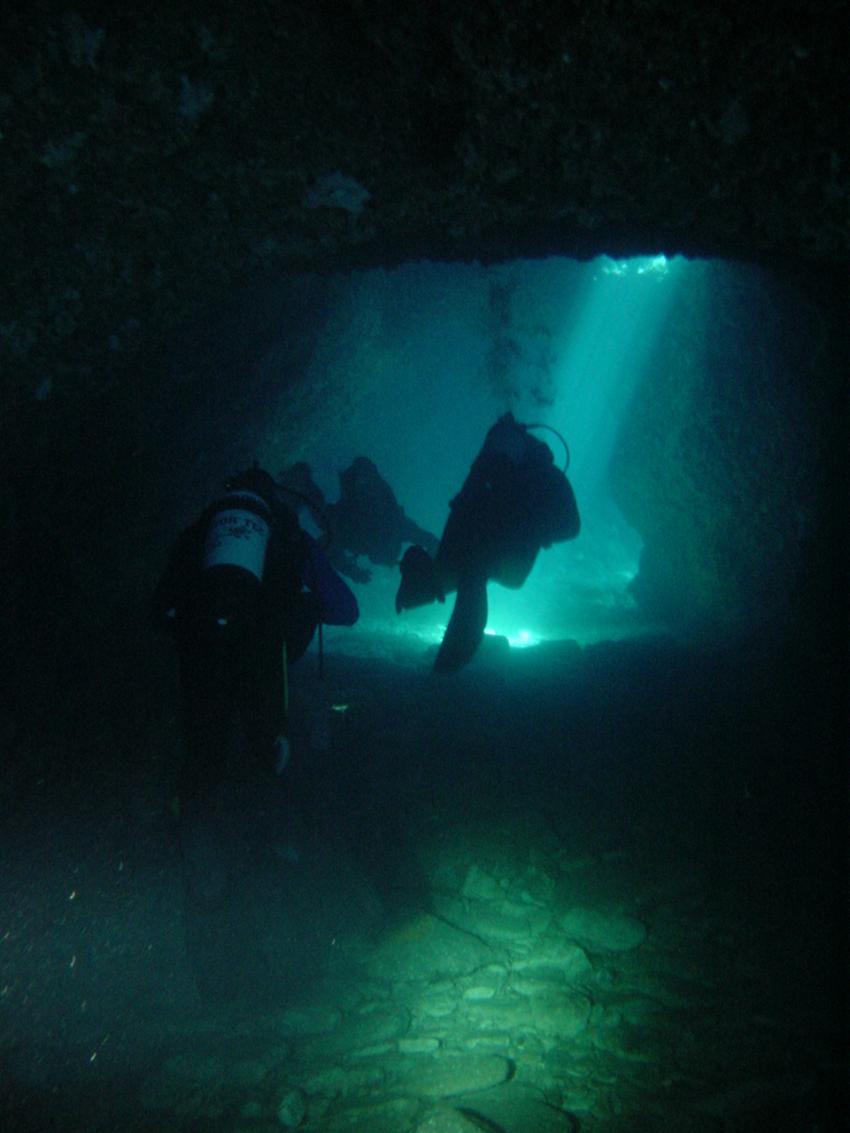 Pula, Pula,Kroatien,Grotte bei Fraskeric,höhle,licht