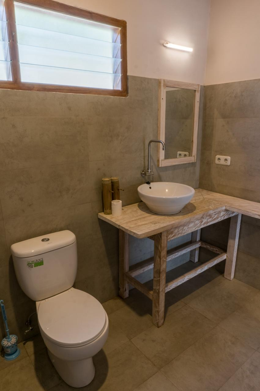 Thalassa Dive Resort Lembeh bathroom, Thalassa, Manado, Nord-Sulawesi, Indonesien, Sulawesi