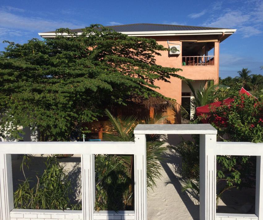 Shamar Guesthouse & Dive, Maamigili, Malediven