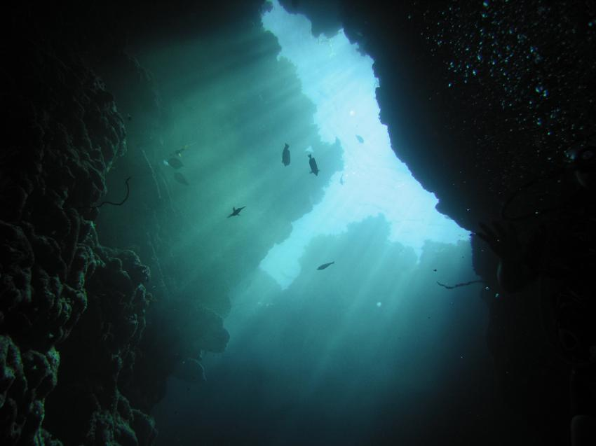 Daedalus Riff, Daedalus Riff,Ägypten,Höhle,Sonnenstrahlen