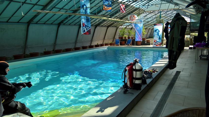 Pool mit Stehbereich, idive pool, i DIVE Tauchschule, Wien, Österreich
