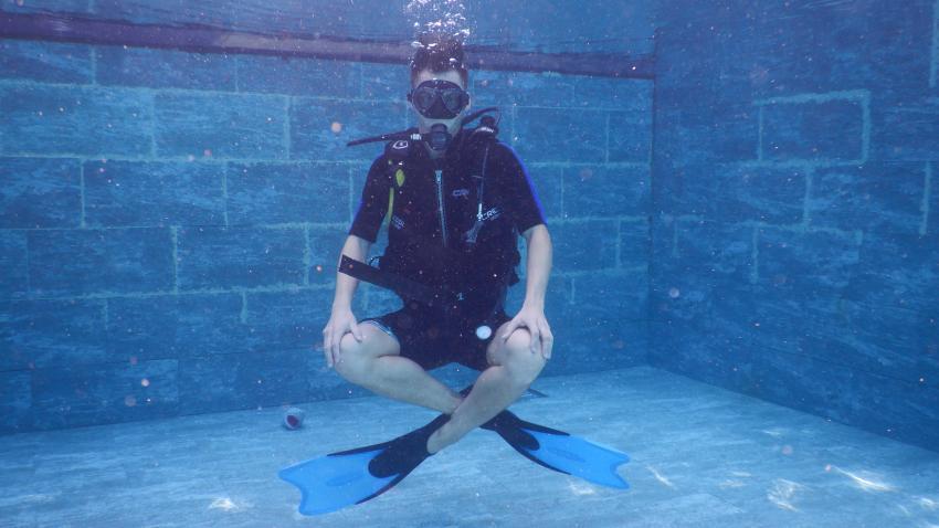 OWD Training, The Barefoot Diving Center, Hanimadhoo, Malediven