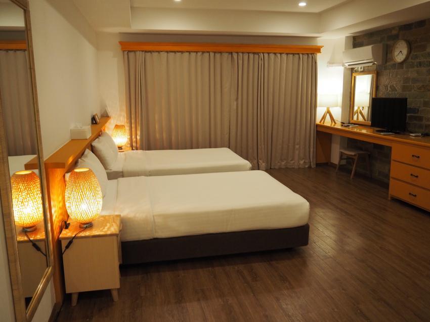 sehr große komfortable Zimmer, Garden Palace Downtown Koror, Palau, Palau