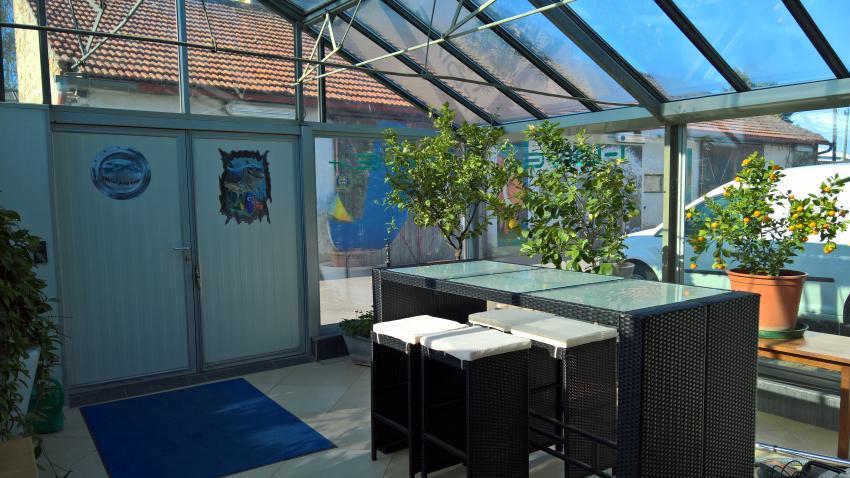 Eingangsbereich, idive eingang, i DIVE Tauchschule, Wien, Österreich