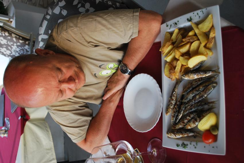 Sardinen vom Grill, Restaurant Paradiso, Jelsa, Insel Hvar, Kroatien