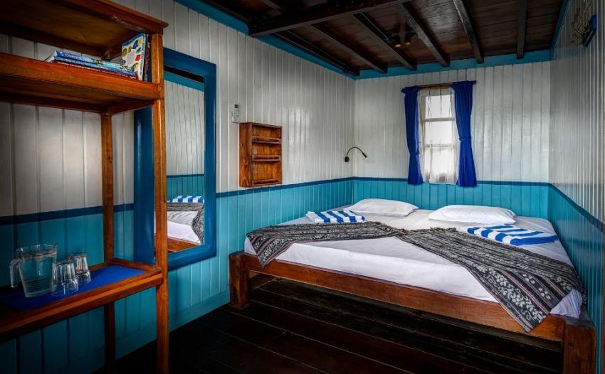 deluxe cabin, KLM Mari, Indonesien, Allgemein