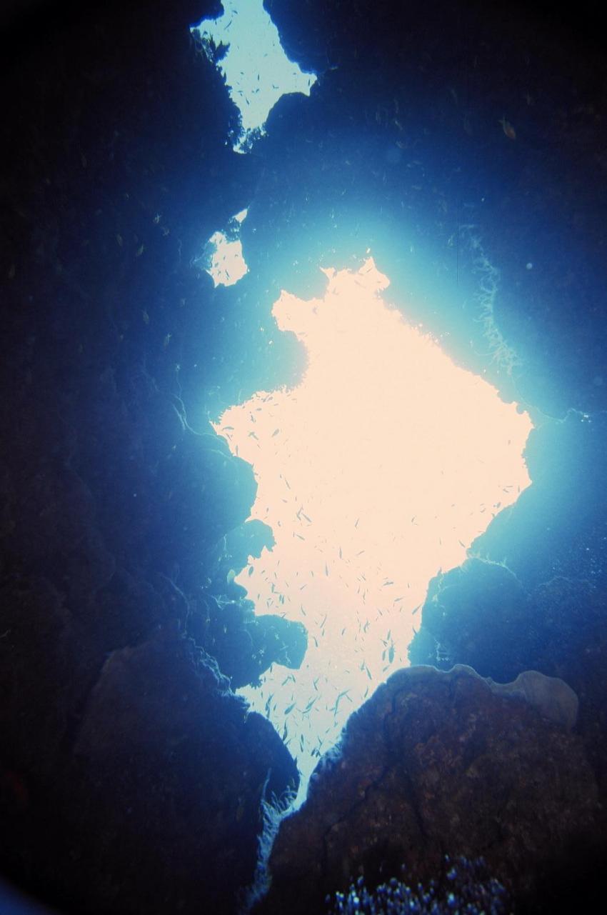 Dahab - Canyon, Canyon (Dahab),Ägypten,oben,Öffnung,Licht,Lichtstrahlen,Sonne,Grotte,Höhle