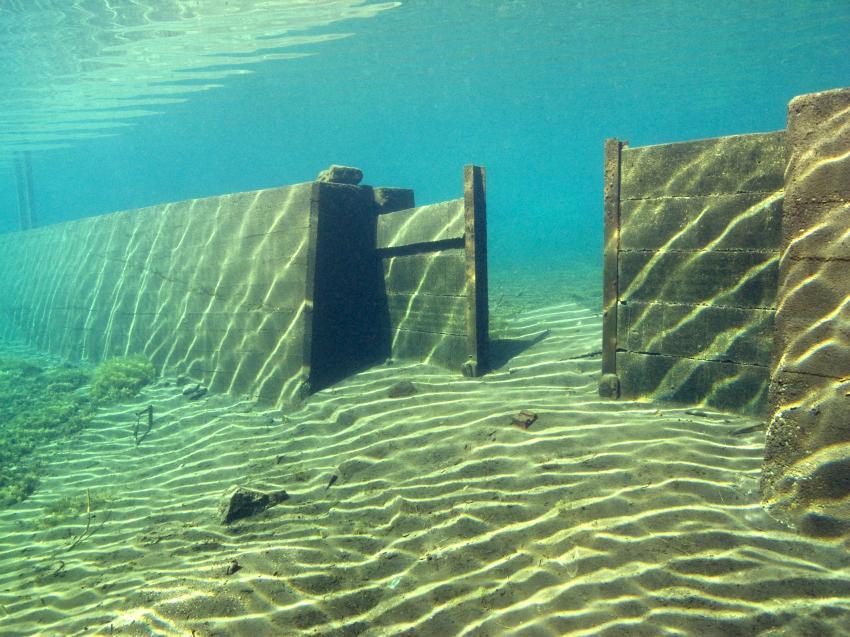 einfach ein geiler Teich, Pfanntalsteich,Thüringen,Deutschland,die Wand
