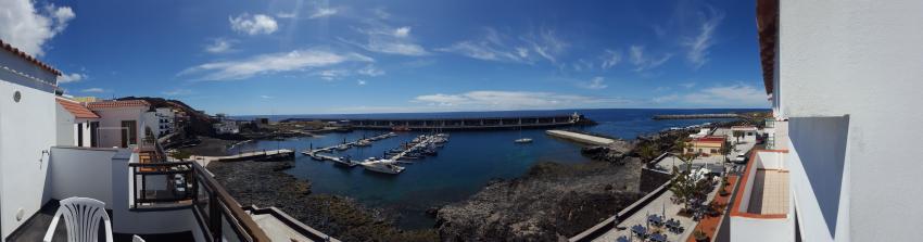Aussicht auf den Hafen von La Restinga mit dem Boot der Extra Divers, La Restinga, Boot Extra Divers, Extra Divers, El Hierro, Extra Divers El Hierro, Spanien, Kanarische Inseln