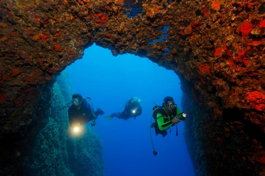 Torbogen / Altarhöhle / Garnelenhöhle, Zakynthos, Griechenland
