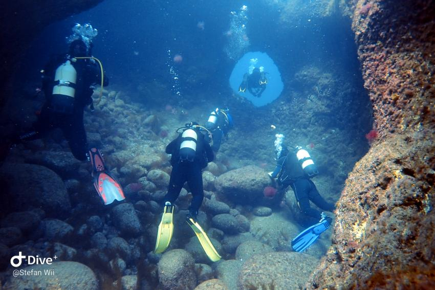 Hohlentauchgang, Cave Diving, Wahoo Diving, Santa Maria, Azoren, Portugal, Azoren