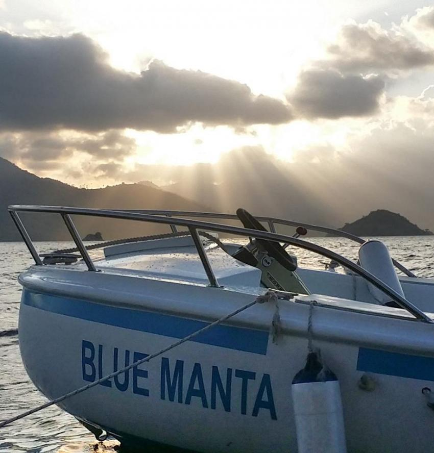 KM Blue Manta, Indonesien