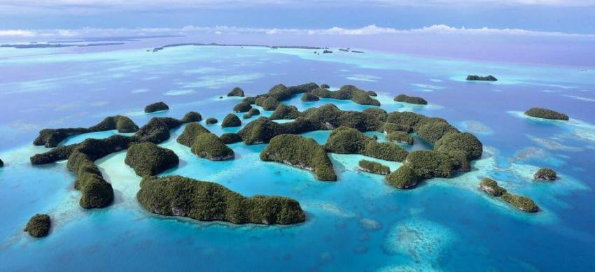 Rock Islands vom Kleinflugzeug aus, Carp Island Resort, Palau