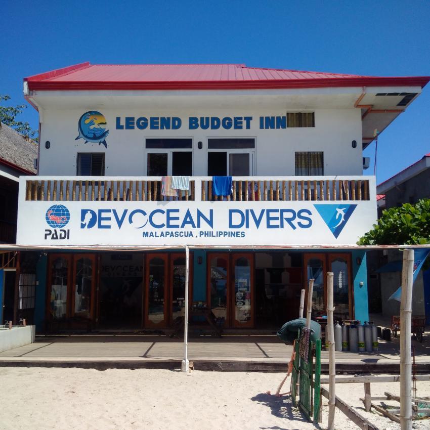 Vom beach aus gesehen, Devocean Divers, Malapascua (ehemals Seaquest Divecenter), Philippinen