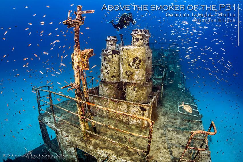 Above the smoker of the P31 / Gorden Klisch, Wrack P31 ex. Pasewalk, Comino, Malta, Comino