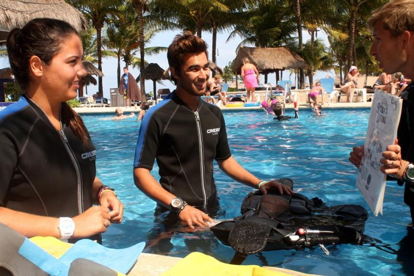 Tauchausbildung , Pro Dive Mexico, Dreams Puerto Aventuras & Spa, Mexiko
