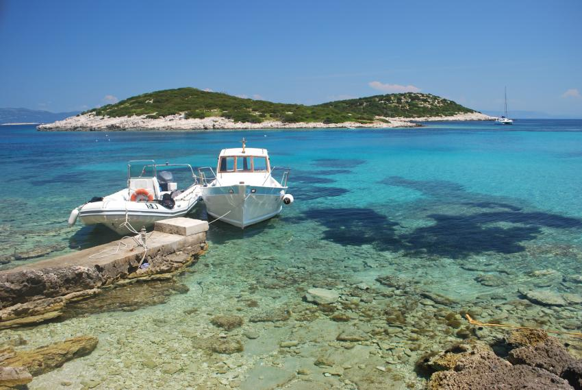 Insel Lastovo, Insel Lastovo,Kroatien,Südsee,Insel,Archipel,Tauchboot,ankern,Küste,Felsen